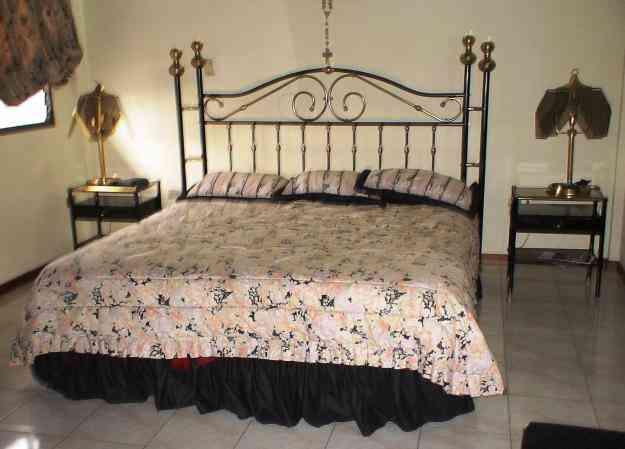 Juego de cuarto queen carrizal hogar jardin muebles for Juego de cuarto queen size