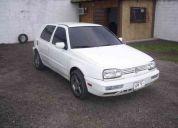 Se vende volkswagen golf color blanco aÑo 93 en buenas condiciones, negociable