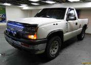 Vendo mi camioneta chevrolet  cheyenne 2005 4x4 nunca chocada titulo y un traspaso