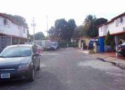 Ledezma asesores vende town house en villa real