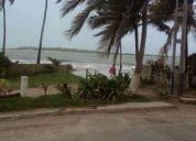 Alquilo apartamento con vista al mar, av. principal playa norte, chichiriviche