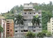 Venta de apartamento en caracas en la trinidad. 10-7844