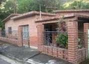 Venta de casa en caracas en colinas del tamanaco. 11-631