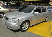 Vendo astra 2002 color plata