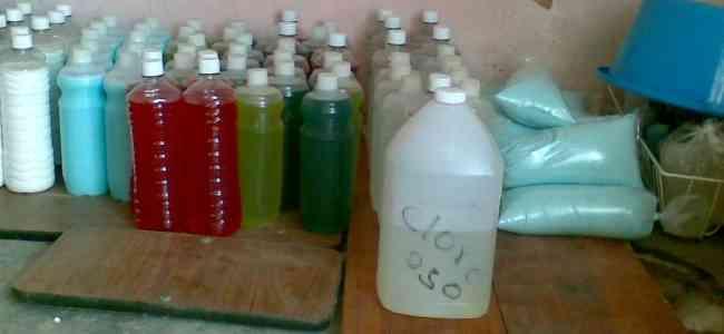 Productos de limpieza para el hogar u oficina coro for Productos oficina