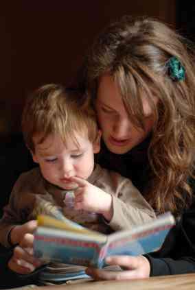 :) Se cuidan niños [as] por días o por horas.