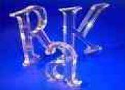 Somos fabricantes de letras corporeas y avisos tlf;04143137310
