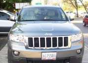 Vendo jeep grand cherokee gris plomo limited 4x4 0km 2012.