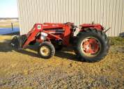 International 574 utility tractor