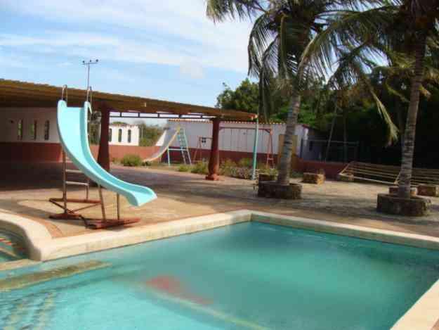 Alquilo casa de campo con piscina en buena vista punto for Alquiler casa con piscina