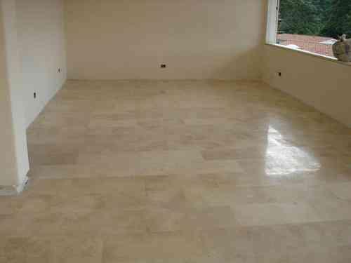 Fotos de pisos de marmol pictures to pin on pinterest for Marmol para pisos