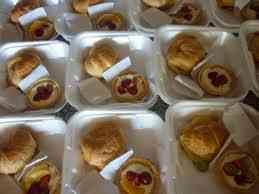 desayunos almuerzos pasapalos banquetes corporativos